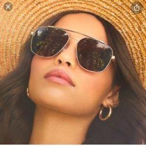 DIFF sunglasses with case